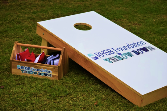 RHSB Foundation Throw Down cornhole board with bags
